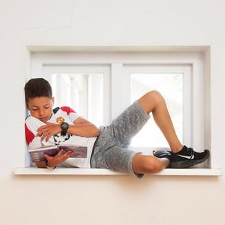 stock-photo-lezen-is-top-rehobothschool-rijswijka-230560277.jpg