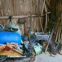 Gartenwerkzeug chaotisch