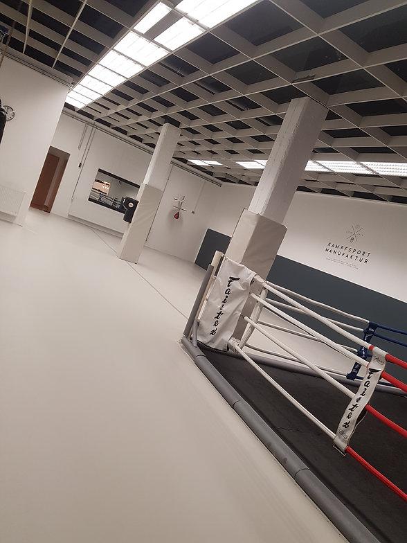 Kampfsporthalle