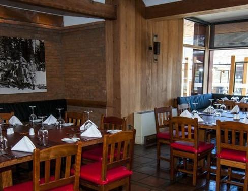 Mirador del Plomo Restaurante.jpg