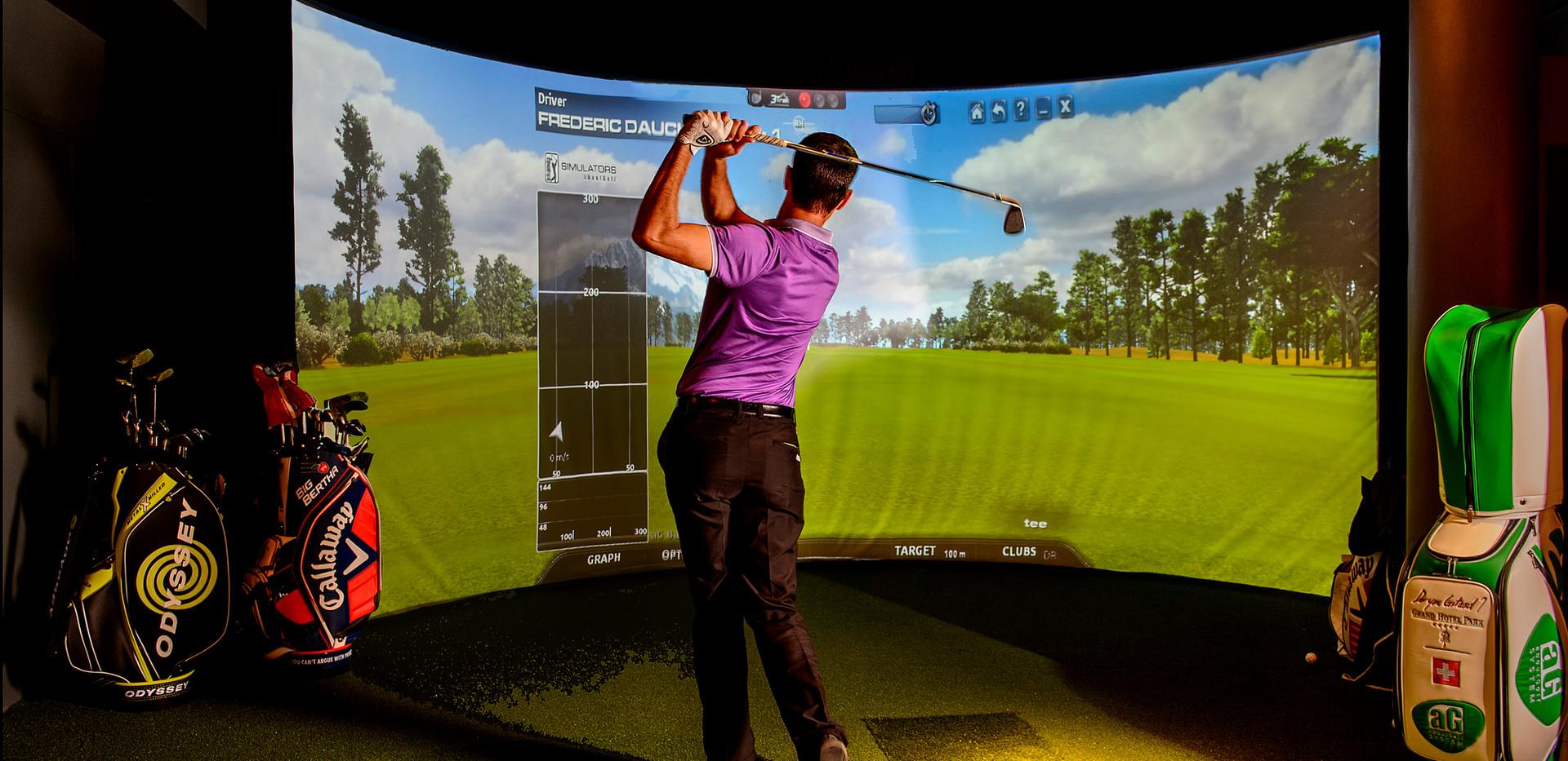Golf (indoor).jpg