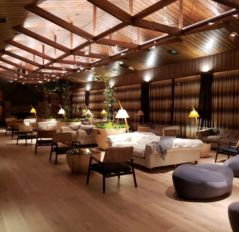 Lounge Bar.jpeg