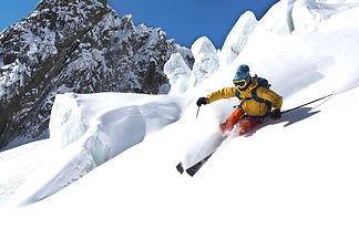 AlpsSki-SkiingInTheValleeBlanche1-Chamon