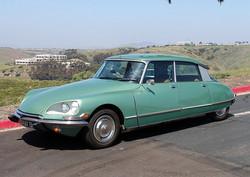 1972_Green_Citroen_DS21_Side