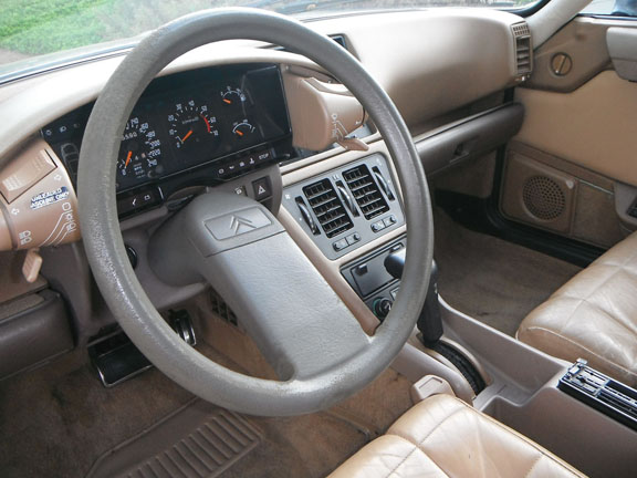 1986_Citroen_CX_Prestige_Dash