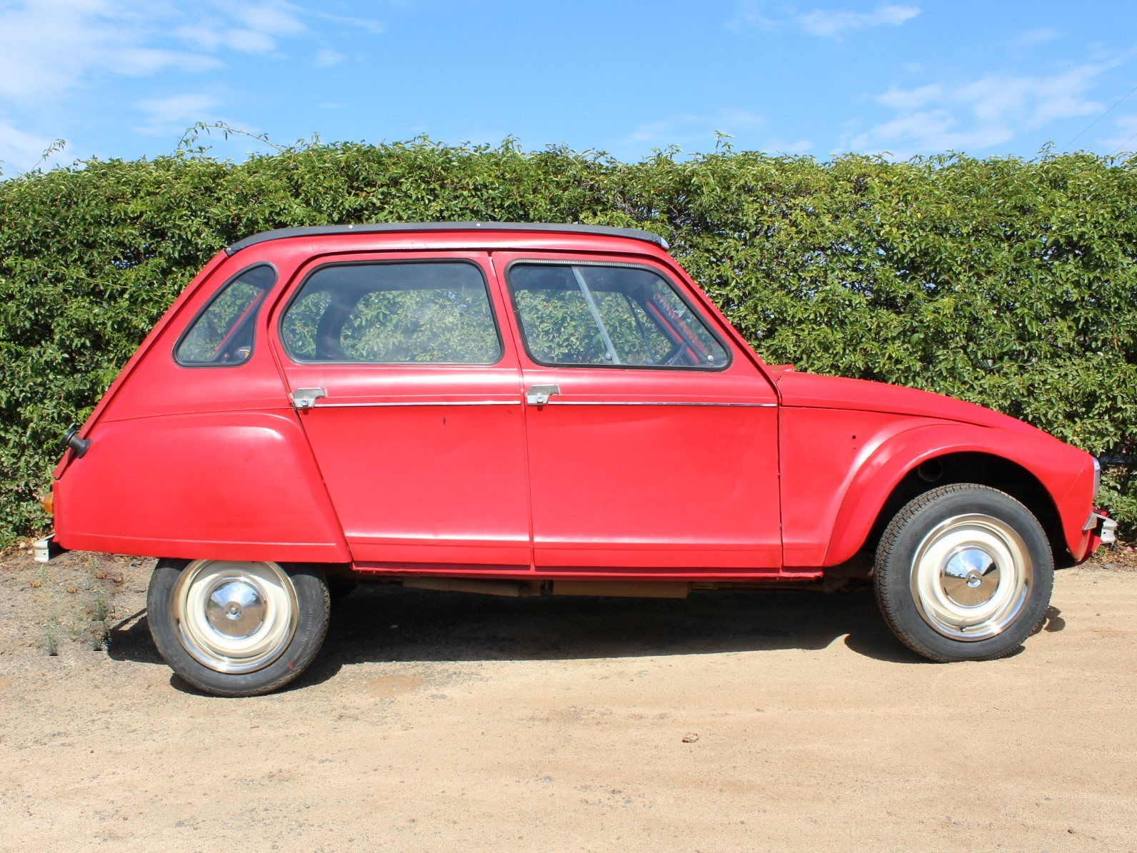 1969_Red_Citroen_Dyane_Side