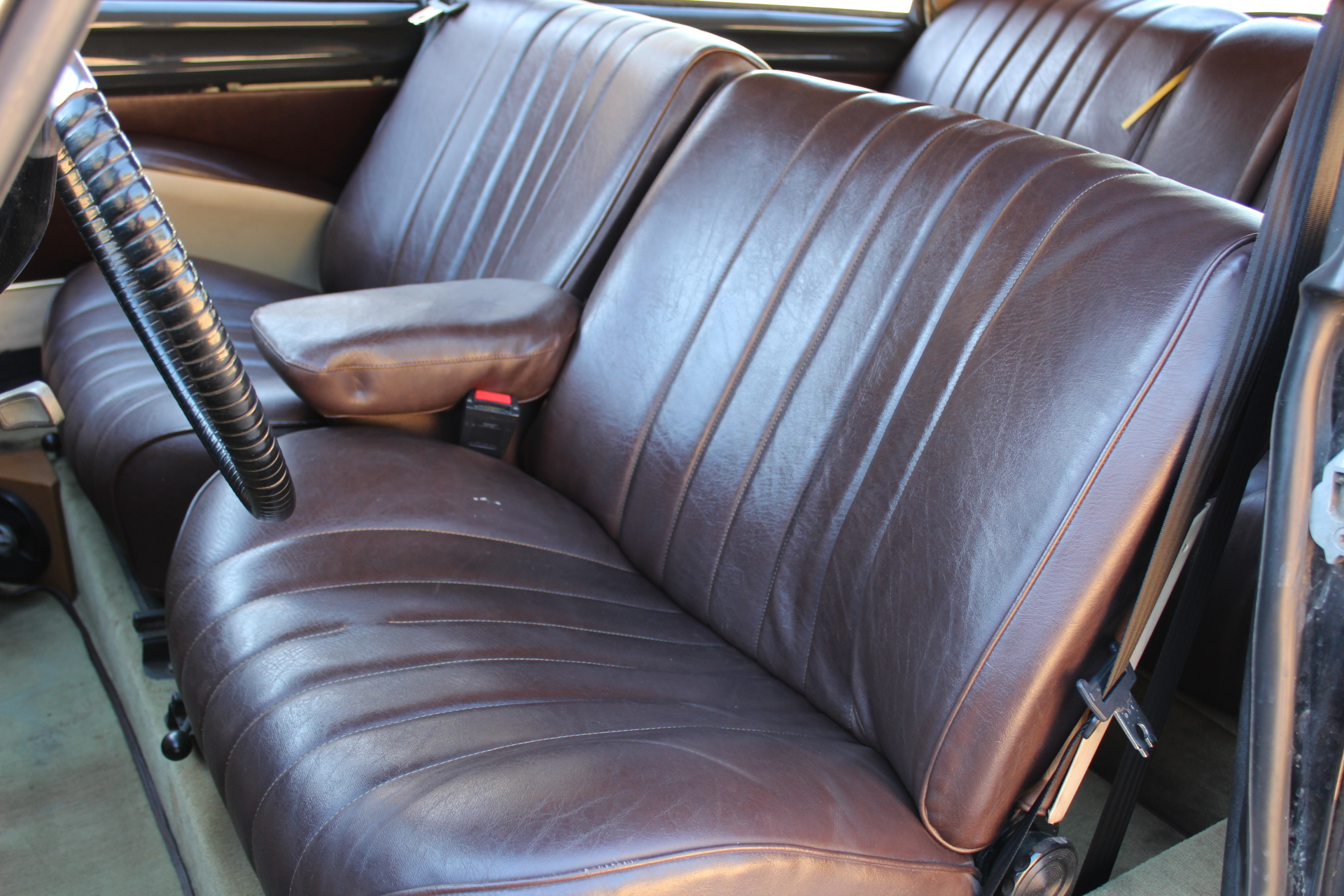 1970 Citroen DS21 - Interior Front