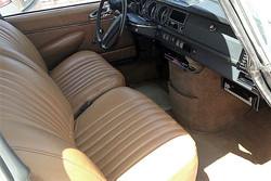 1972_Green_Citroen_DS21_Front_Interior