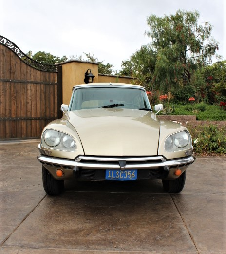 1972 Citroen DS21 Pallas - Front
