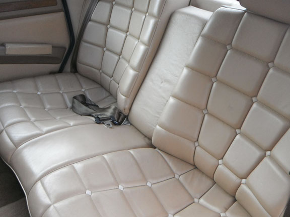 1986_Citroen_CX_Prestige_Back_Interior