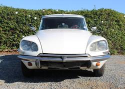 1972 White Citroen DS21 - Front