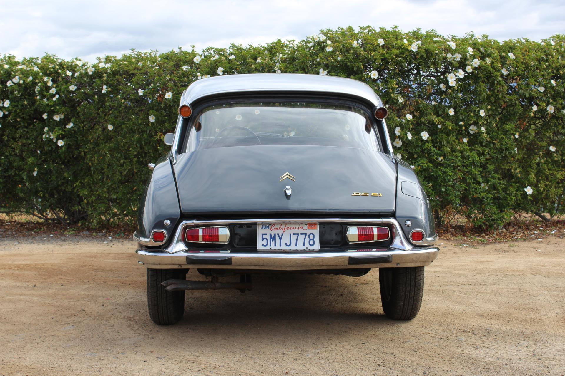 1970 Citren DS21 - Back