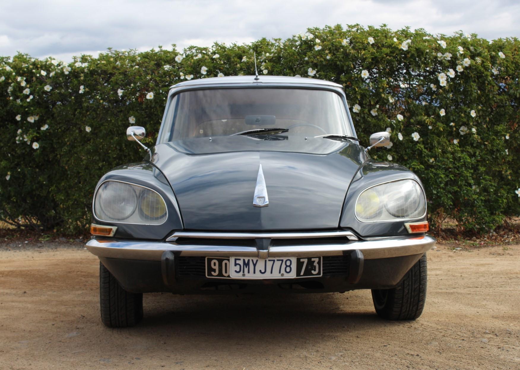 1970 Citren DS21 - Front