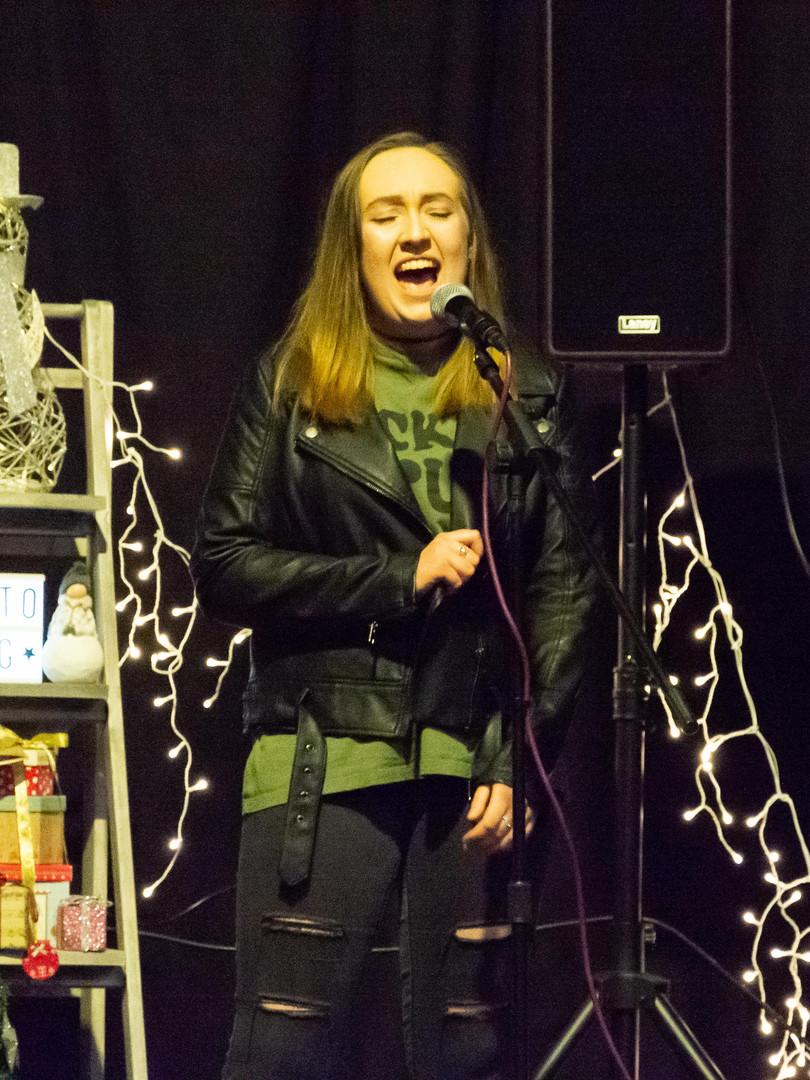 LA Singing Tutition Student