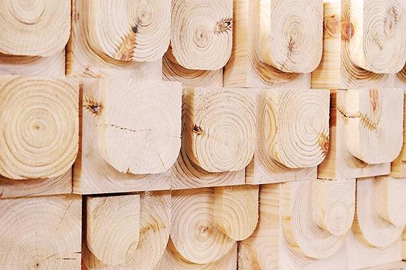基本となるのは間取りと木材