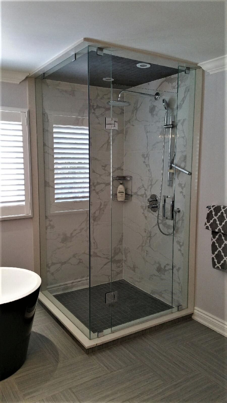 Rectangle glass shower enclosure