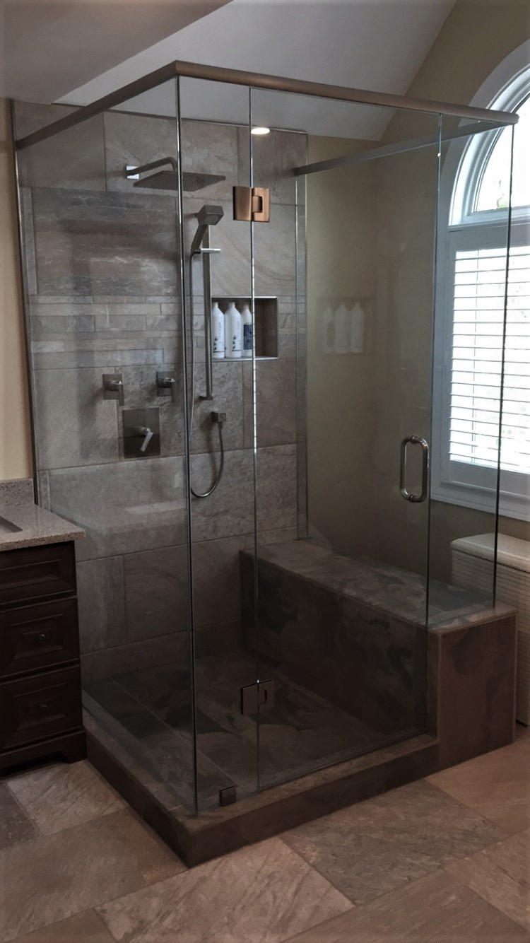 Rectangle glass shower with seat