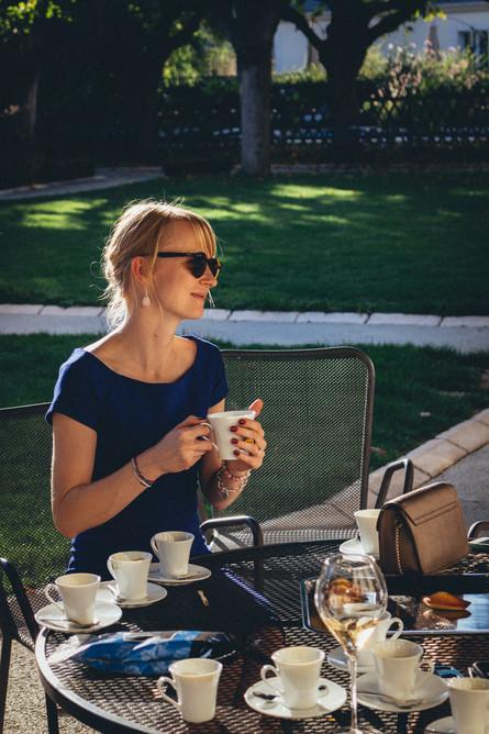 Wedding, coffee on the terrace