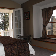 Town House A master bedroom lake view.JP