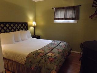 Family suite Queen bed.jpg