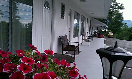 Lake-George-Resort-Motel-Rooms-The-Villa