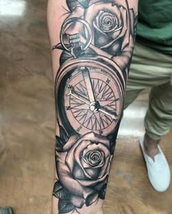 Here a sleeve I starred #roses#blackandgrey#blackandgreyroses#compass#rosestattoo#rosetattoo#compass