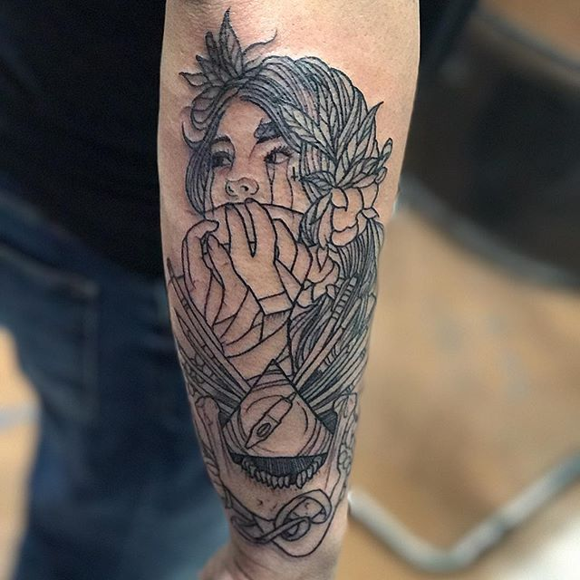 Here's a piece I stared on _tatumike #linework#lineworktattoo##tatsoul#eternalink_bishoprotary#tatto