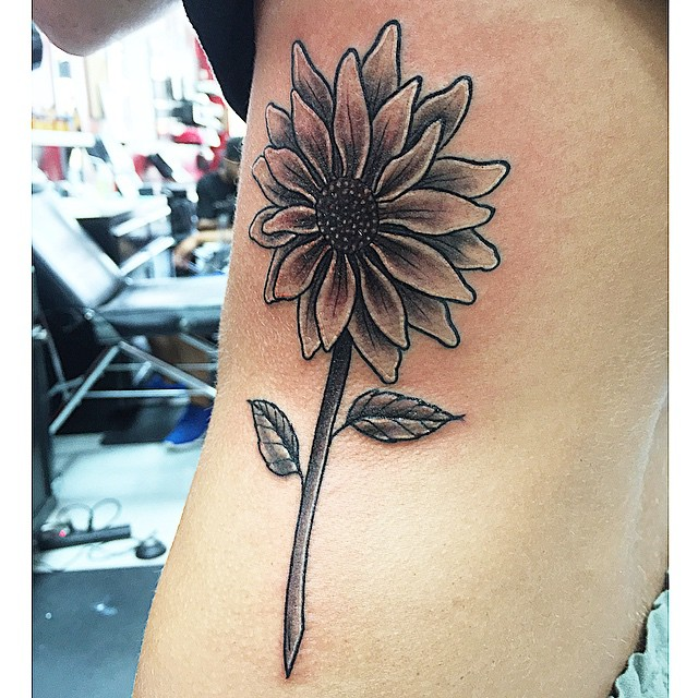 Sunflower I did Monday best picture I could get For booking and inquires call or text 832-969-4714#s