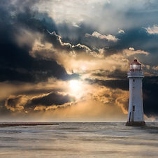 lighthouse-2372004.jpg