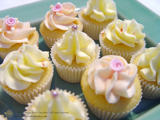 12 Vintage Rose Canapé Cupcakes