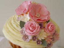 Giant Vintage Flowers Cupcake