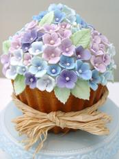 Giant Vintage Hydrangea Cupcake