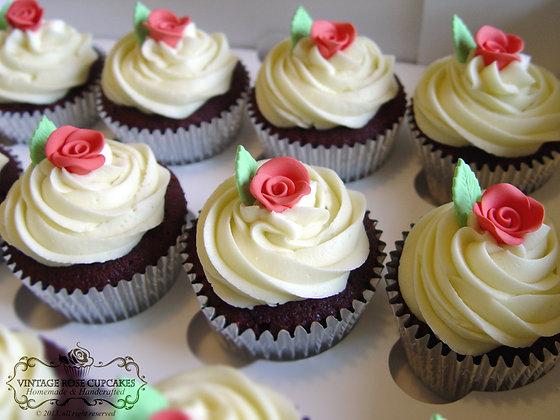 6 Vintage Red Velvet Cupcakes