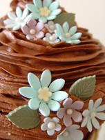 chocolate with flowers giant cupcake