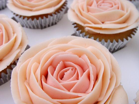 6 Vintage Rose Cupcakes