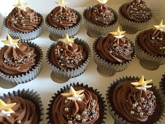 6 Stars & Sparkle Cupcakes