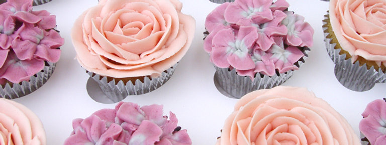 6 Vintage Rose Collection Cupcakes
