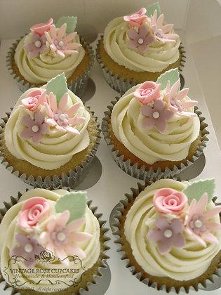 6 Vintage Flower Cupcakes