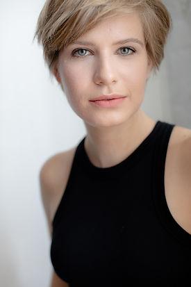 Emma Wisniewski Headshot 1.jpg