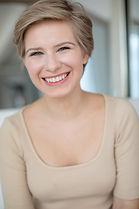 Emma Wisniewski Headshot 7.jpg