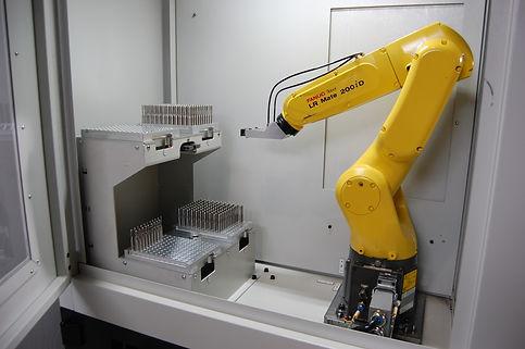 Fanuc Robot on VIKING FG-15 Machine