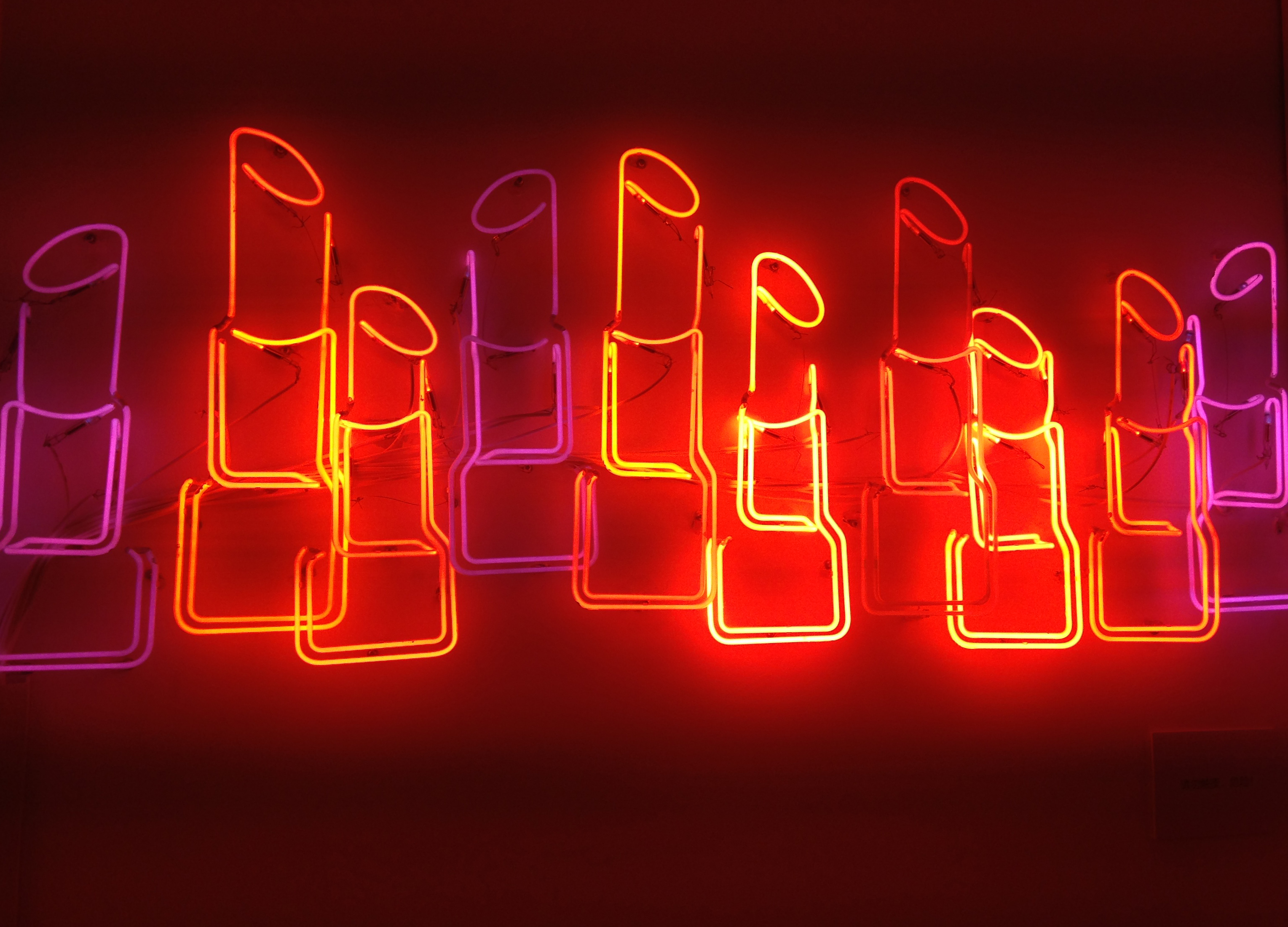 Lipstick Shaped Neon Lights