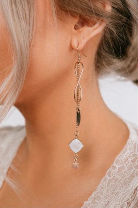 Hoop Drop Figure 8 Chain Detail Earring