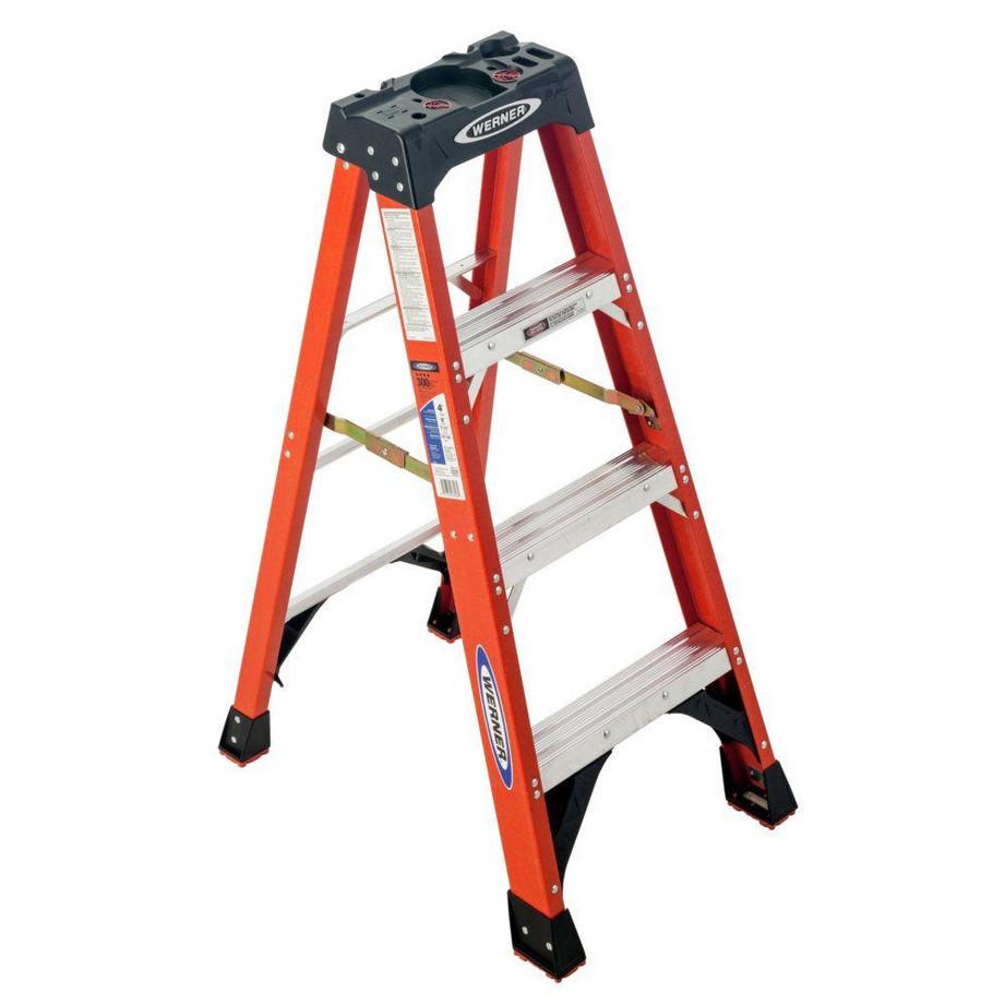 4' Step Ladder.jpg