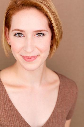 Melissa Cabey Nutritionist and Wellness Expert Headshot