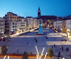 Plaza_Virgen_Blanca_VITORIA-GASTEIZ_tras_reforma