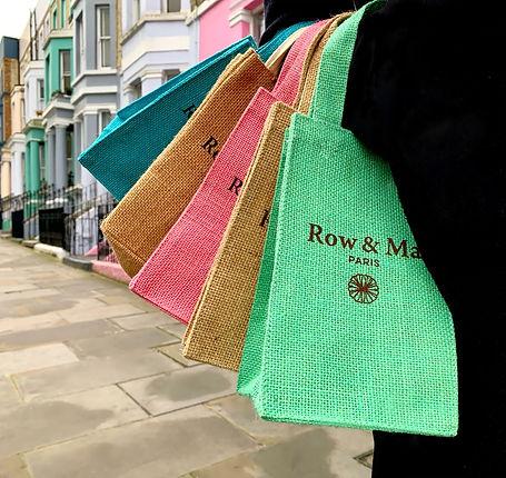 5 sacs en jute de différentes couleurs