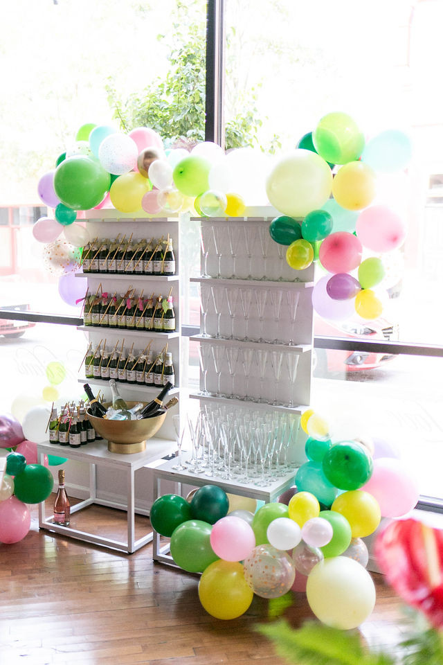 Bubbly Wall invites guests to serve themselves for stylish baby shower at The Loft of Elements Preserved