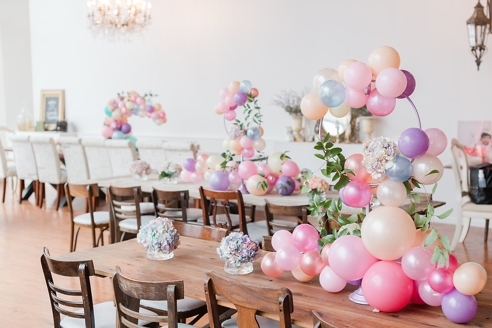 Balloon garland table centerpieces were perfect for a child's birthday party