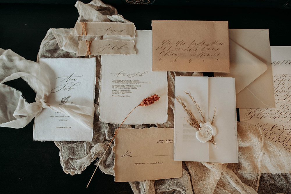 Invitation suite with a vintage-vibe, and natural floral touches
